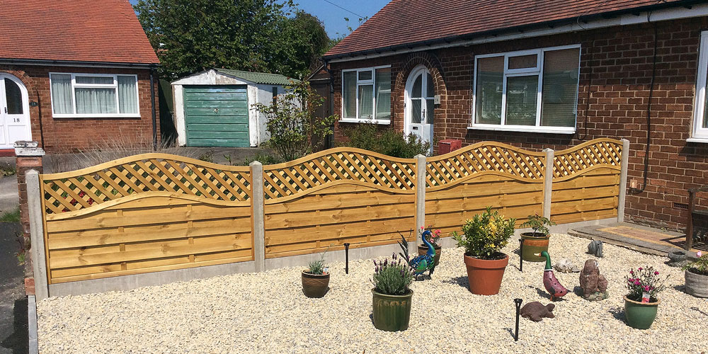 Photograph of a fence made by Steve Hanson Fencing & Joinery. Fencing and gates in Bridlington.